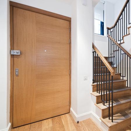 Bytové dveře vchodové